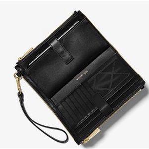 b36296fac860 MICHAEL Michael Kors Bags - MK - Adele Framed Leather Smartphone Wallet